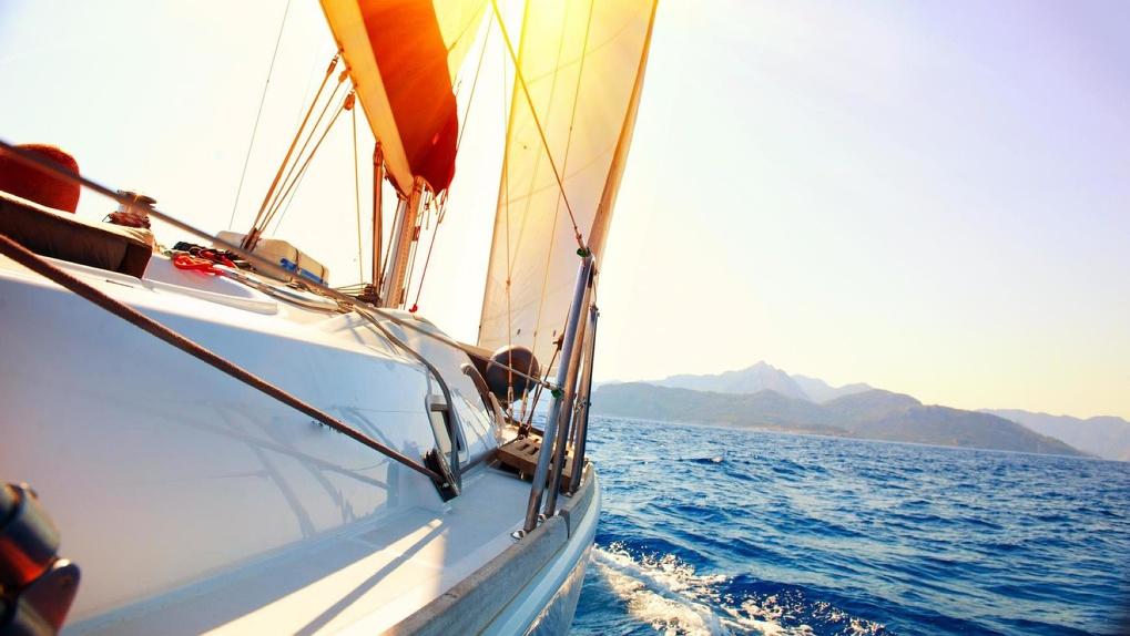 Радио «Монте-Карло Екатеринбург» подарит прогулку на парусной яхте