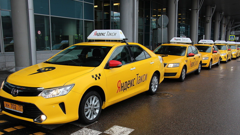 Всех таксистов города заставляют легализоваться перед ЧМ-2018. Что будет с теми, кто не сможет?