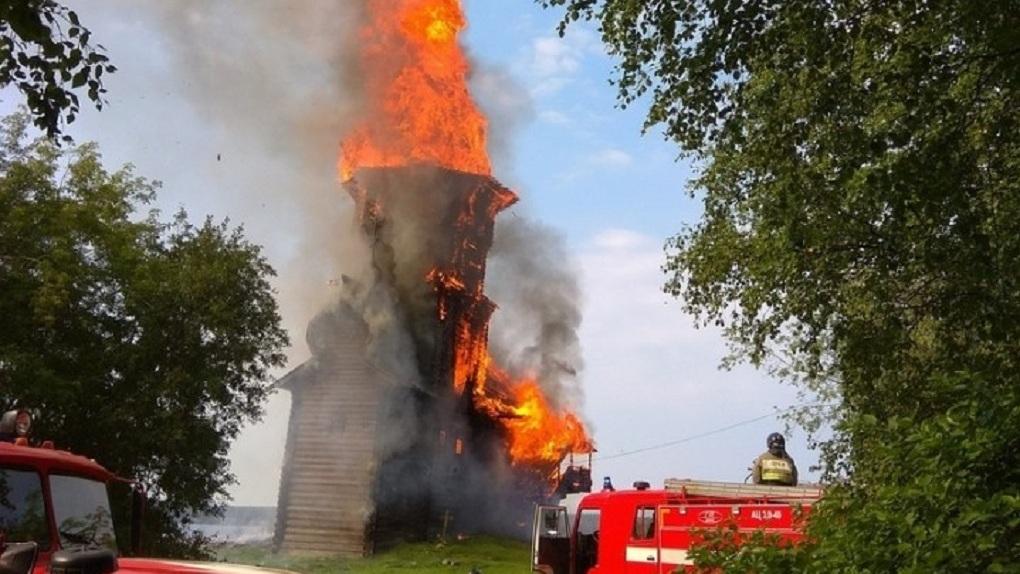 В Карелии сгорела уникальная церковь ХVIII века