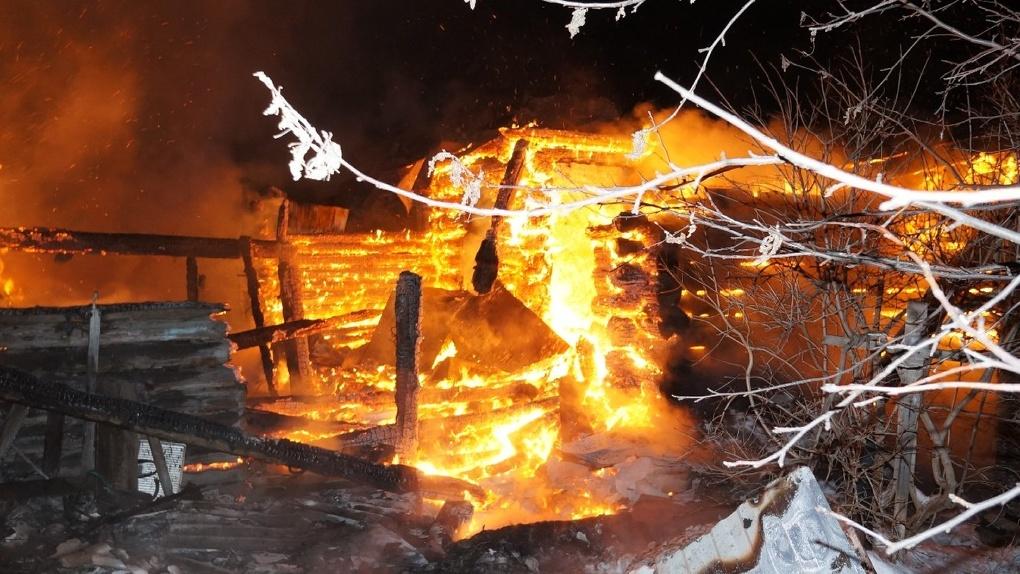 После массовой гибели детей прокурор потребовал установить в домах многодетных пожарные извещатели