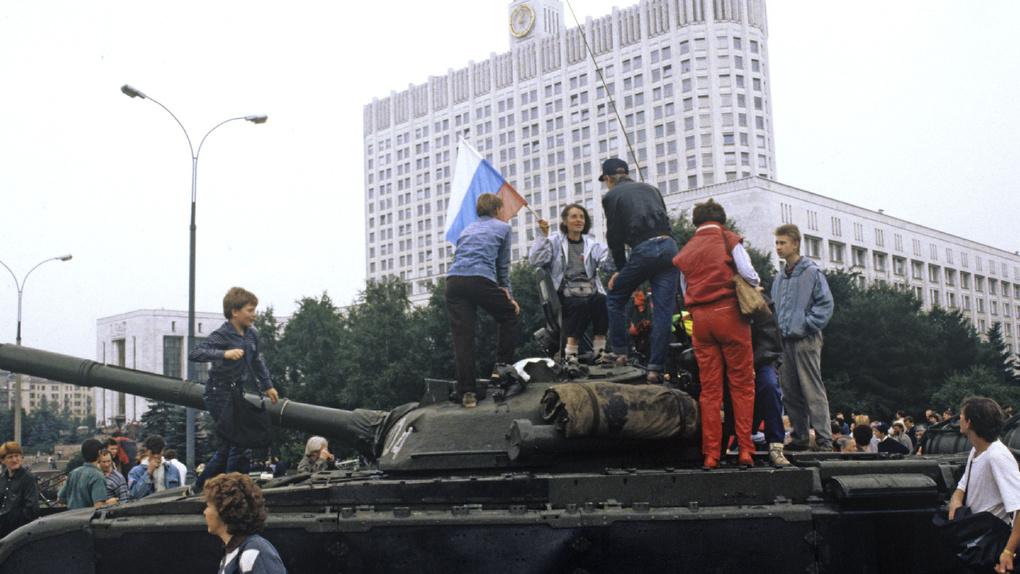 Горячий август 1991-го. Годовщина путча в 30 фотографиях