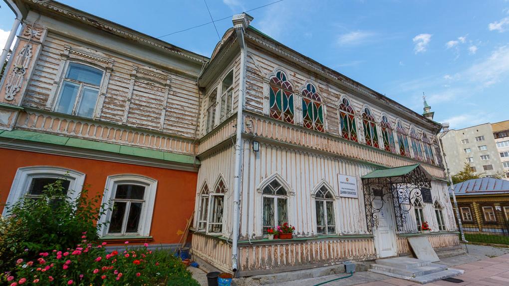 Татарстан отреставрирует дом Агафуровых на Сакко и Ванцетти. Как этот особняк выглядит сейчас