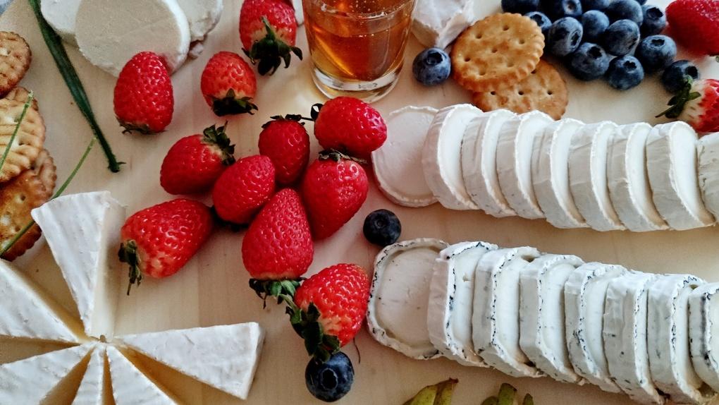В лето на сырной тарелке: Яков Можаев бежит из зимы