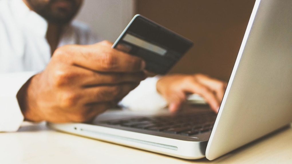 Банк Уралсиб предлагает премиальную бизнес-карту Mastercard Business Preferred
