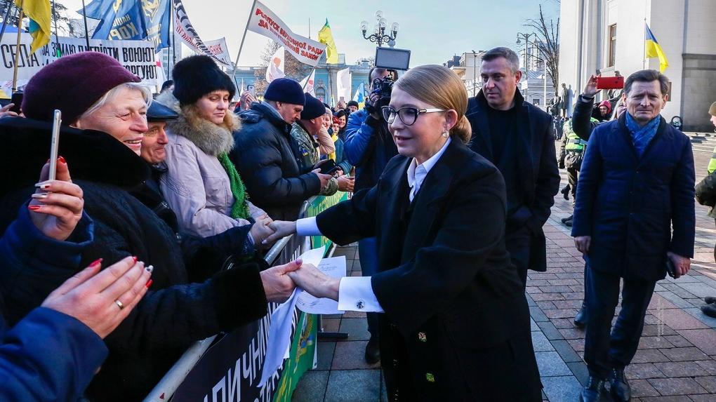 Юлия Тимошенко заразилась коронавирусом. Она в тяжелом состоянии