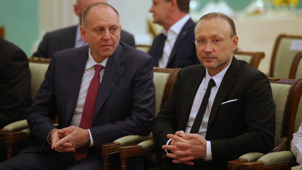 Forbes составил топ-200 богатейших людей России. В список вошли владельцы УГМК, РМК и ТМК