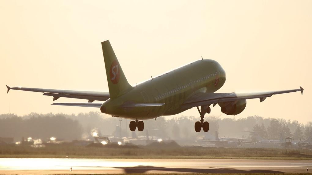 15 июля Россия начнет переговоры о возобновлении международных рейсов. Какие страны откроют первыми