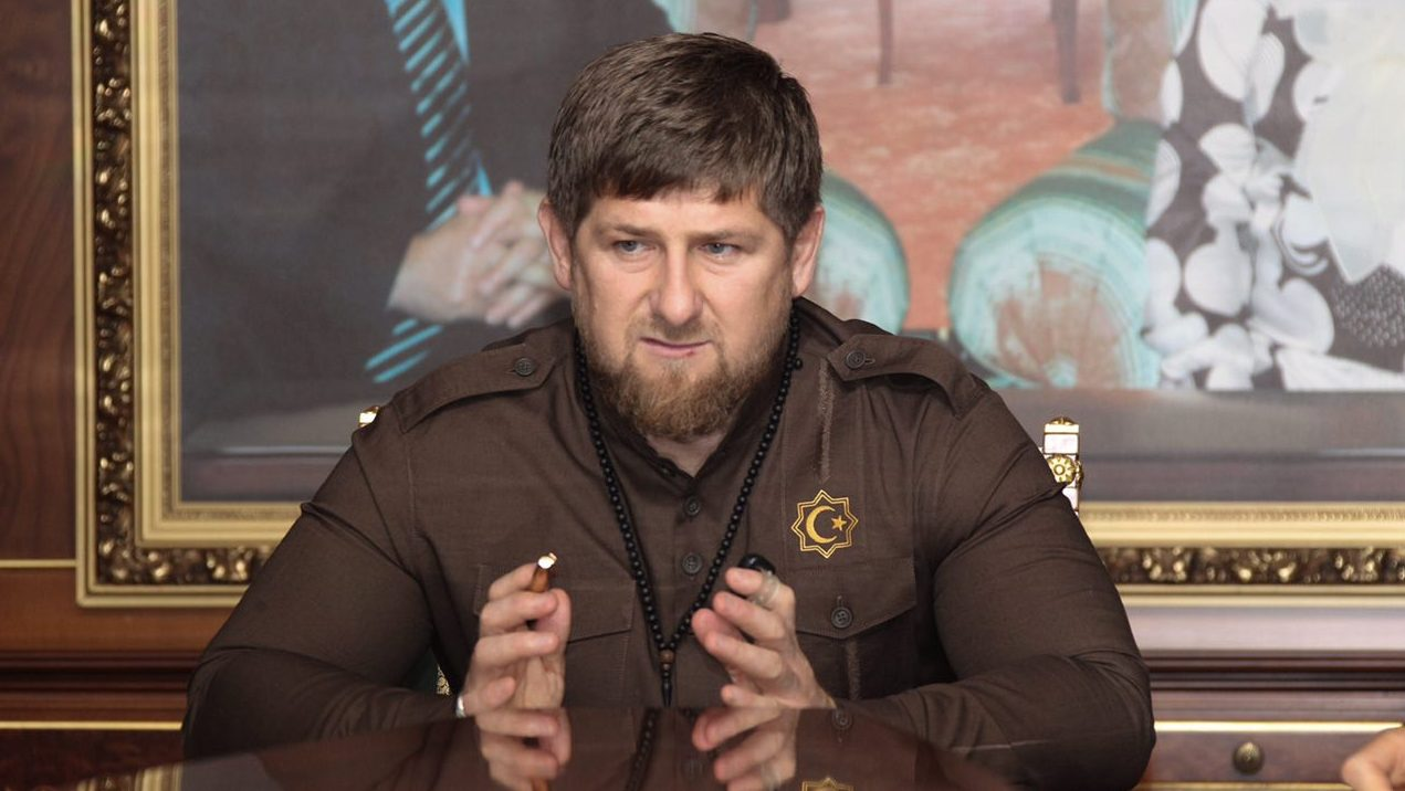 «Не переводите стрелки»: Рамзан Кадыров не поверил в причастность ИГ к нападению на храм в Грозном