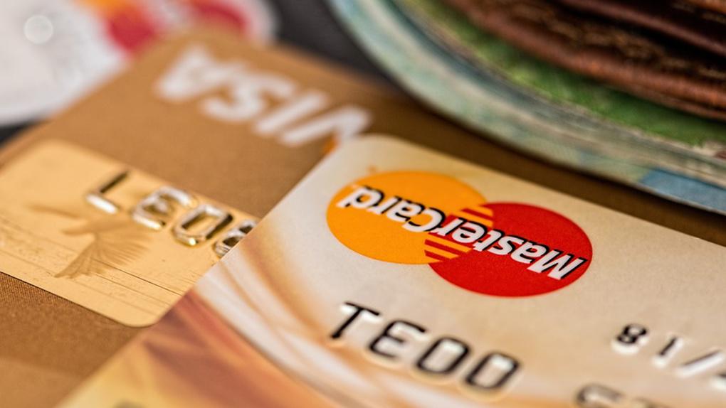 Сбербанк стал выдавать краткосрочные займы зарплатным клиентам. Как работает новый сервис