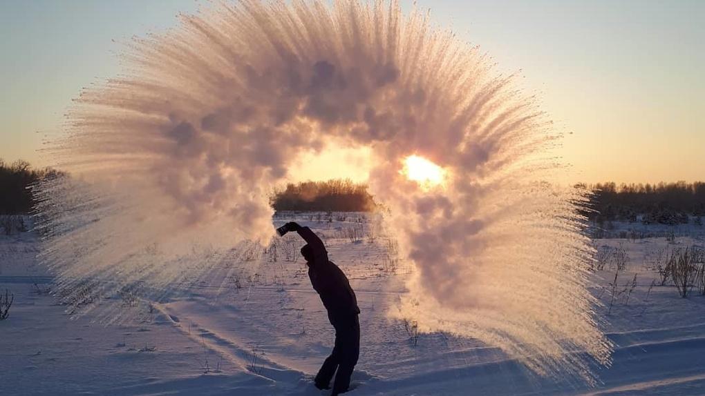 В Россию пришли аномальные морозы, и это очень красиво. Подборка фото #дубакчеллендж
