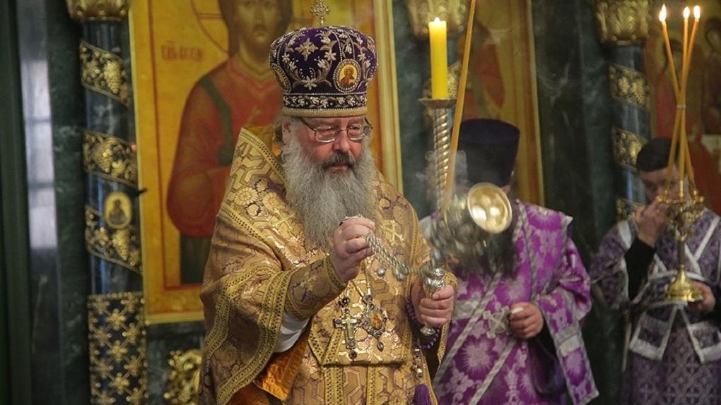 Митрополит призвал верующих «не пренебрегать» запретом Роспотребнадзора на посещение служб в храмах