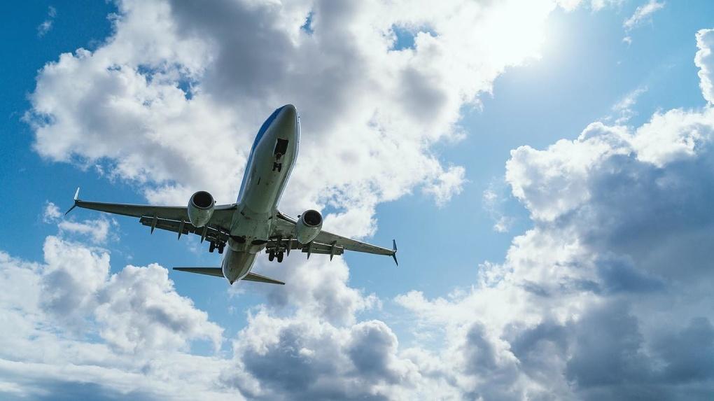«АльфаСтрахование» и AZUR air запустили сервис страхования авиапассажиров