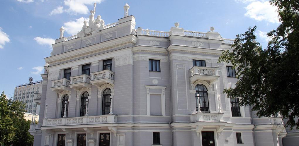 «Румпл» и «Подельники» создали фильм к 135-летию архитектора оперного театра