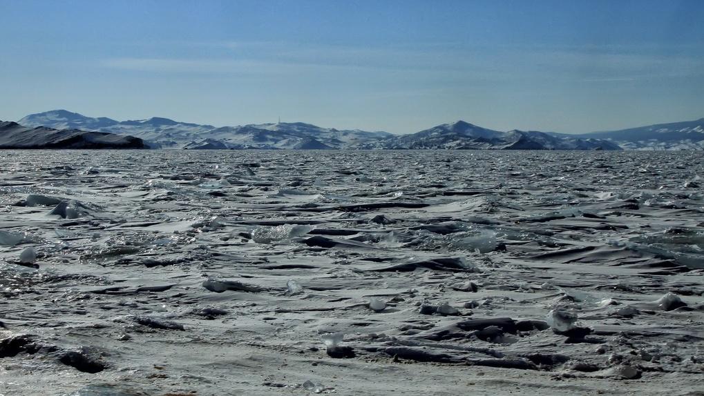 Вертолетом, пешком, велосипедом: как пересечь Байкал, если стандартные туры надоели