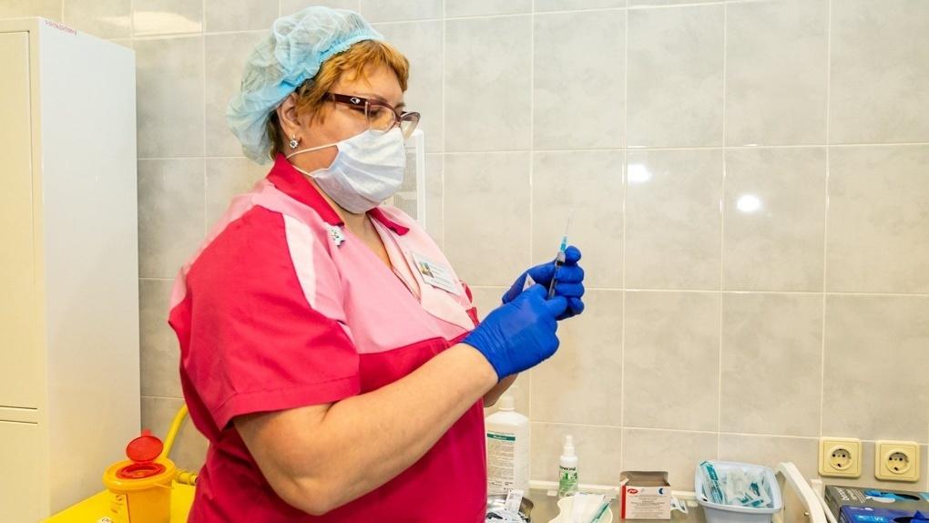 В России разрабатывают еще одну вакцину от коронавируса. Чем она отличается от других?