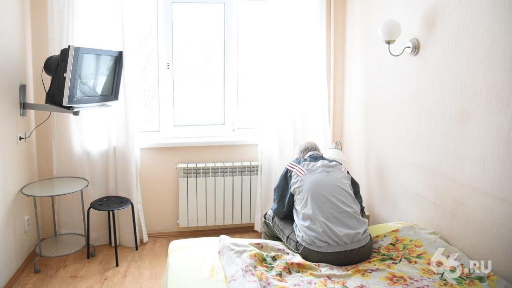 Избивали и бросали в подвал. Пациенты реабилитационного центра в Екатеринбурге рассказали о пытках