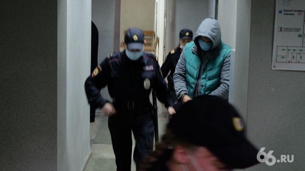 Бывшему топ-менеджеру «Кольца Урала» вынесли приговор за взятку главе УМВД