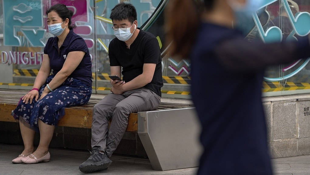 В Китае — новый эпицентр заболевания коронавирусом. Чем это грозит России?
