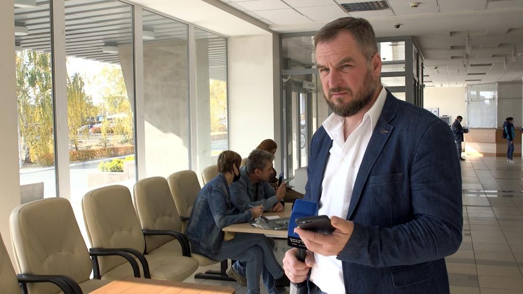 Суд изменил приговор Максиму Шибанову, толкнувшему на акции в сквере Максима Румянцева