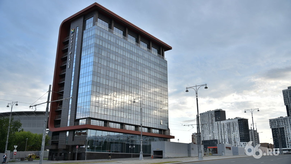 Открытие отеля Hyatt Place на Репина, который строили пять лет, опять перенесли. Новые сроки