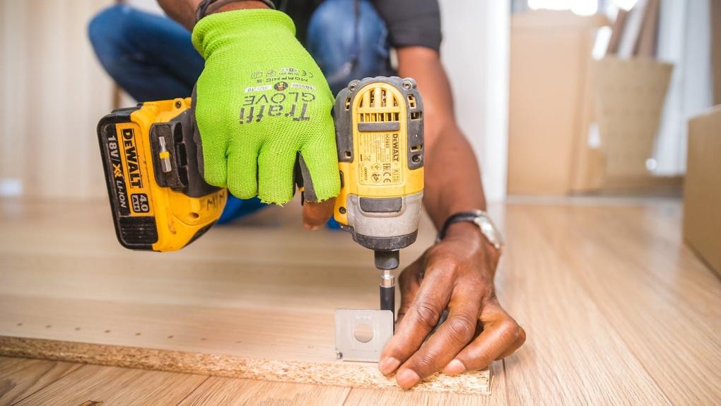 Как выбрать бригаду или мастера для ремонта и отделки квартиры