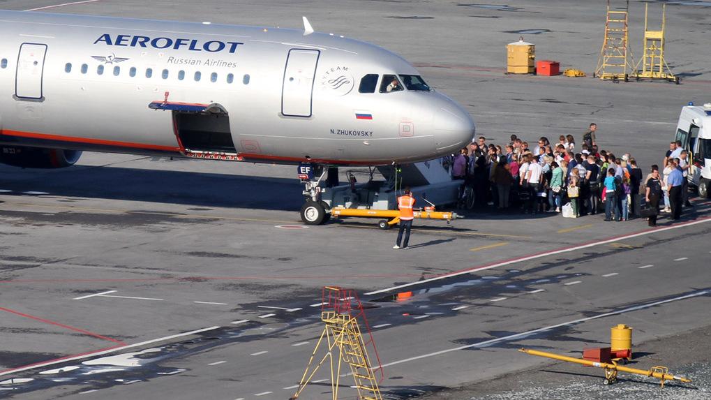 Авиакомпании потеряли 1,6 млрд рублей из-за коронавируса. Все, кроме государственного «Аэрофлота»