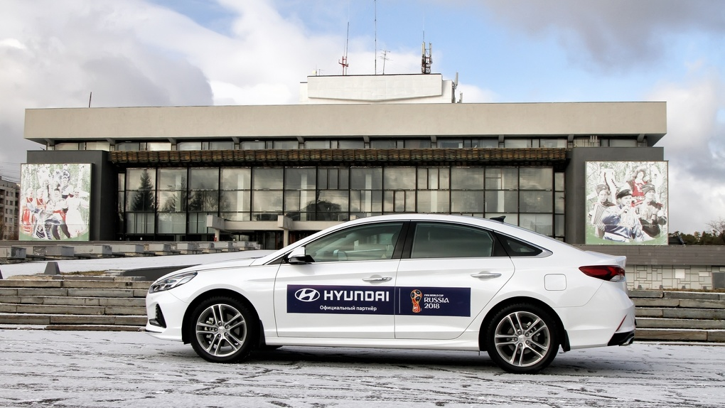 Они наконец-то сделали ЭТО: первый тест новой Hyundai Sonata (2017)