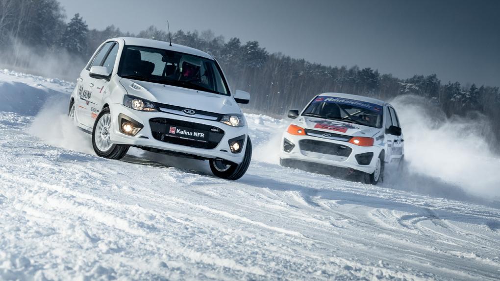 Как бы спорт: топ-3 «заряженных» авто до миллиона рублей