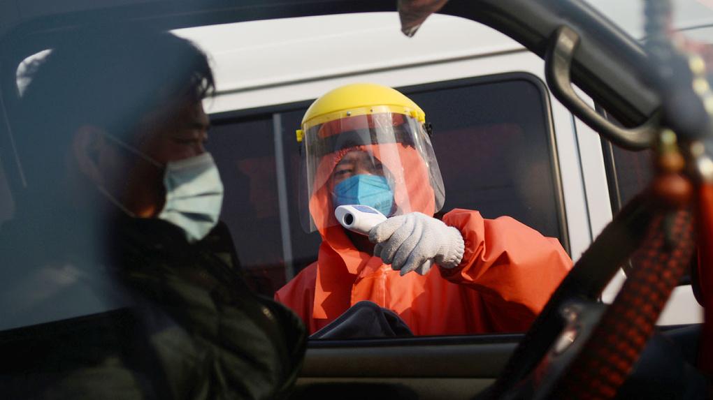 В Китае нашли лекарство от коронавируса. Его разработали в СССР