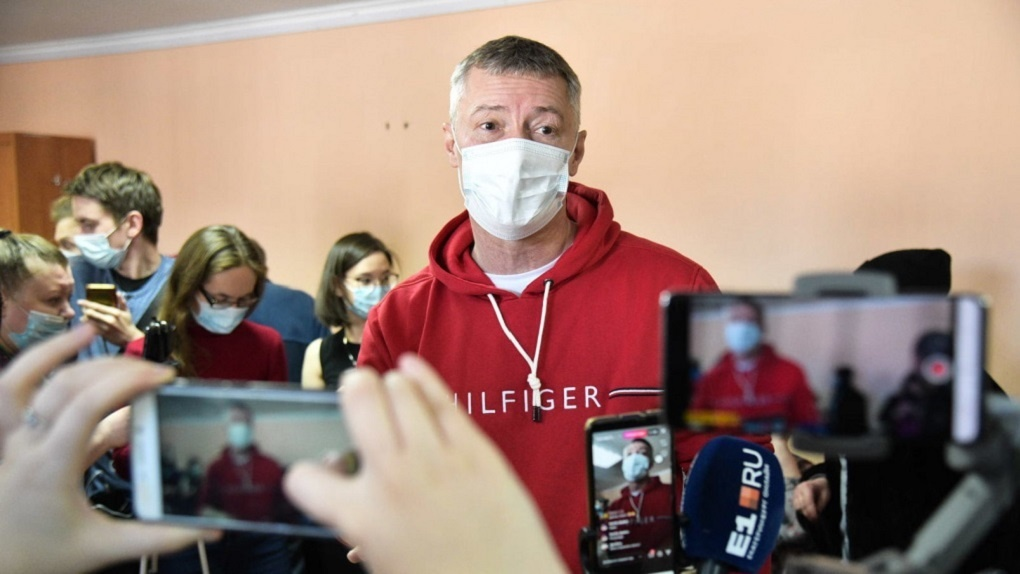 На Евгения Ройзмана составили еще три протокола за организацию и участие в маршах Навального