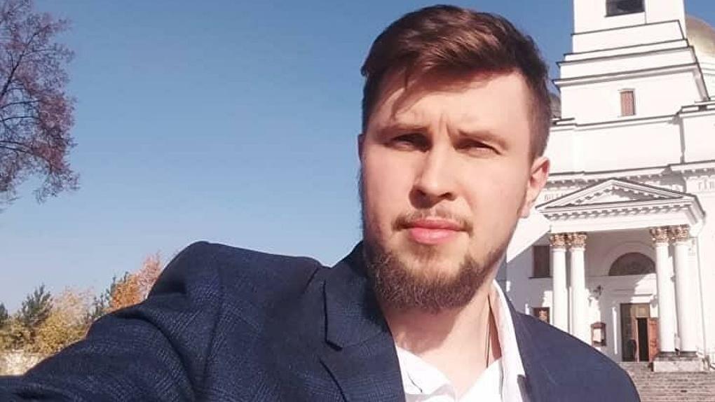 Суд отпустил на свободу пресс-секретаря отца Сергия. Но адвокаты не могут его найти