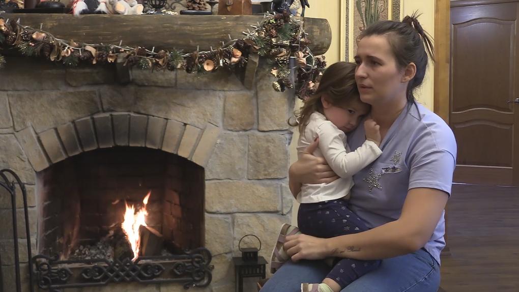 Суд Екатеринбурга отдал итальянцу двухлетнюю дочь. Ее русская мама придумала, как вернуть себе ребенка