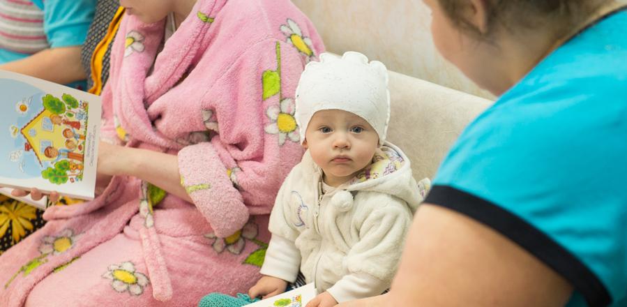 «Чтобы не искали информацию в интернете». Врачи Екатеринбурга написали бесплатное пособие для будущих мам