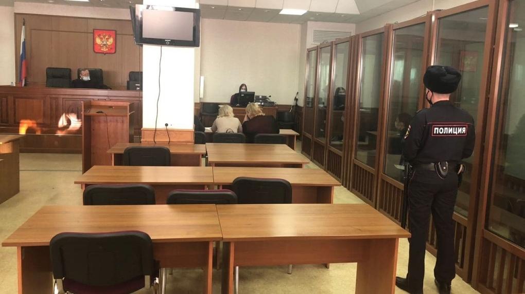 Начался суд по делу об убийстве Ксении Каторгиной. Обвиняемые скандалят, говорят о пытках и отрицают вину