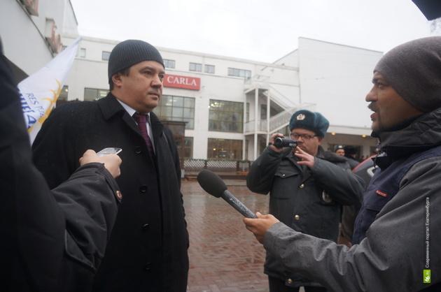 «Будем убивать»: к организатору «Русских маршей» в Екатеринбурге пришли ветераны Донбасса