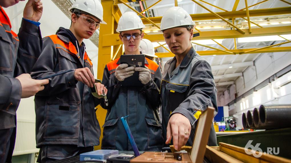 Цифровые ресурсы вуза и оборудование завода. Как новые технологии развивают компетенции работников