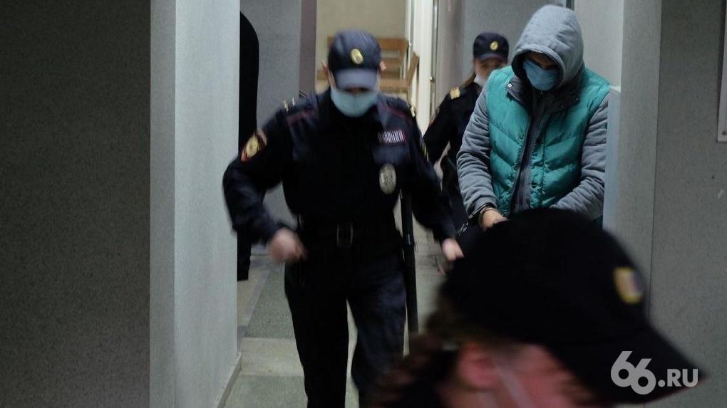 Суд арестовал бывшего зампреда банка «Кольцо Урала». Его обвиняют в даче взятки