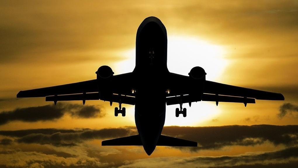 Большинство россиян покупают авиабилеты онлайн. Почему это удобно