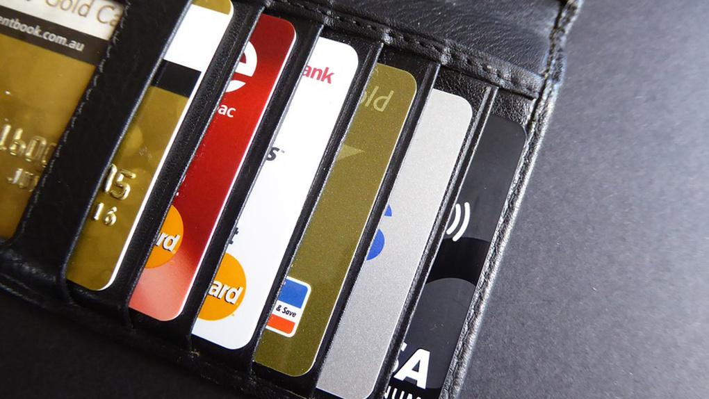 ВТБ увеличит долю выпущенных бесконтактных карт в 4 раза