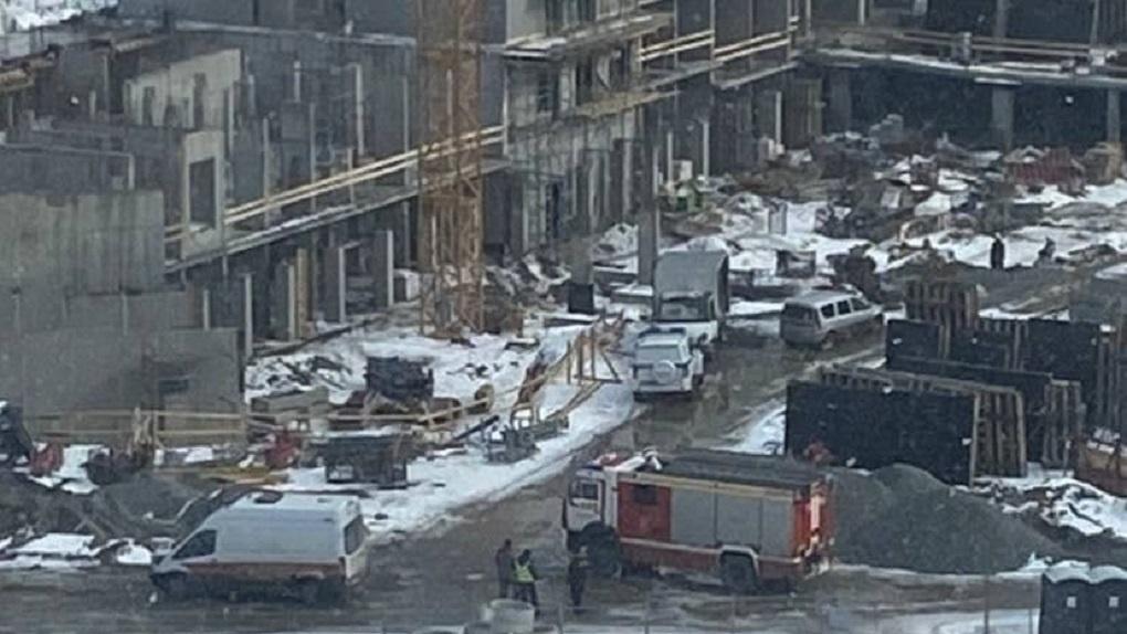 На стройке жилого комплекса в Краснолесье рабочие нашли снаряд