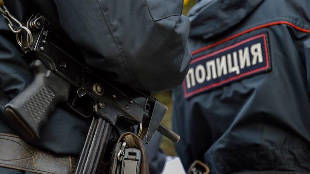 Задержан пьяный полицейский, устроивший поножовщину у ресторана в Заречном