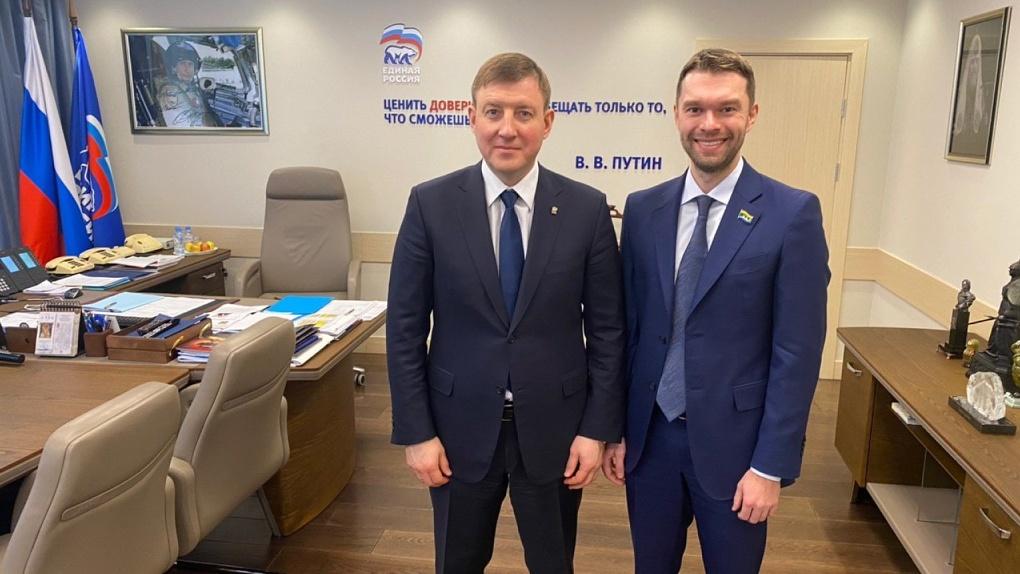 Депутат Алексей Вихарев съездил на политический тет-а-тет к главному единороссу страны Андрею Турчаку