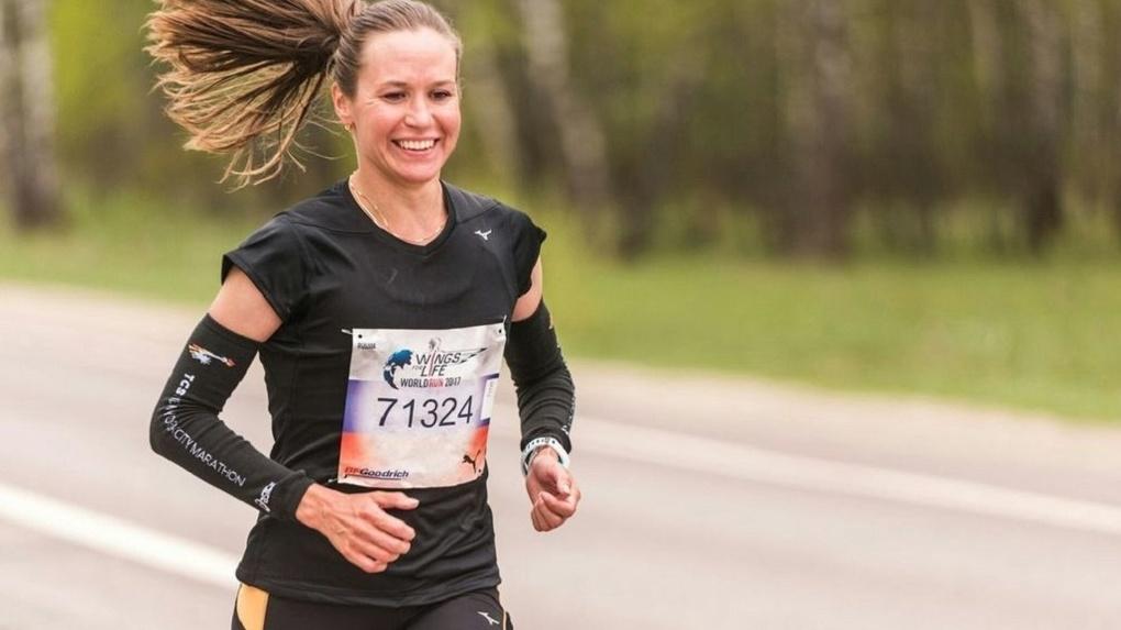 Бегунья Александра Морозова выиграла ультрамарафон в Швеции