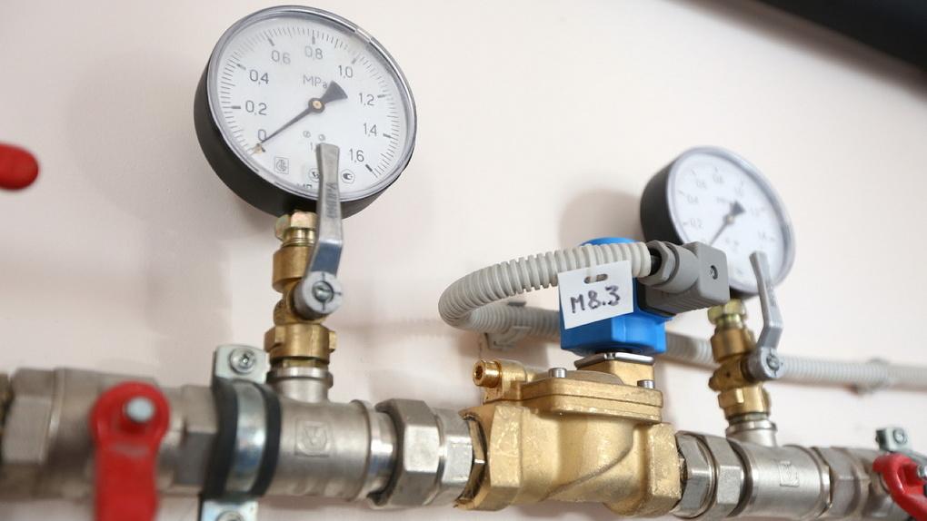 «Греть воду кипятильником дешевле». В Екатеринбурге одобрили новую схему теплоснабжения
