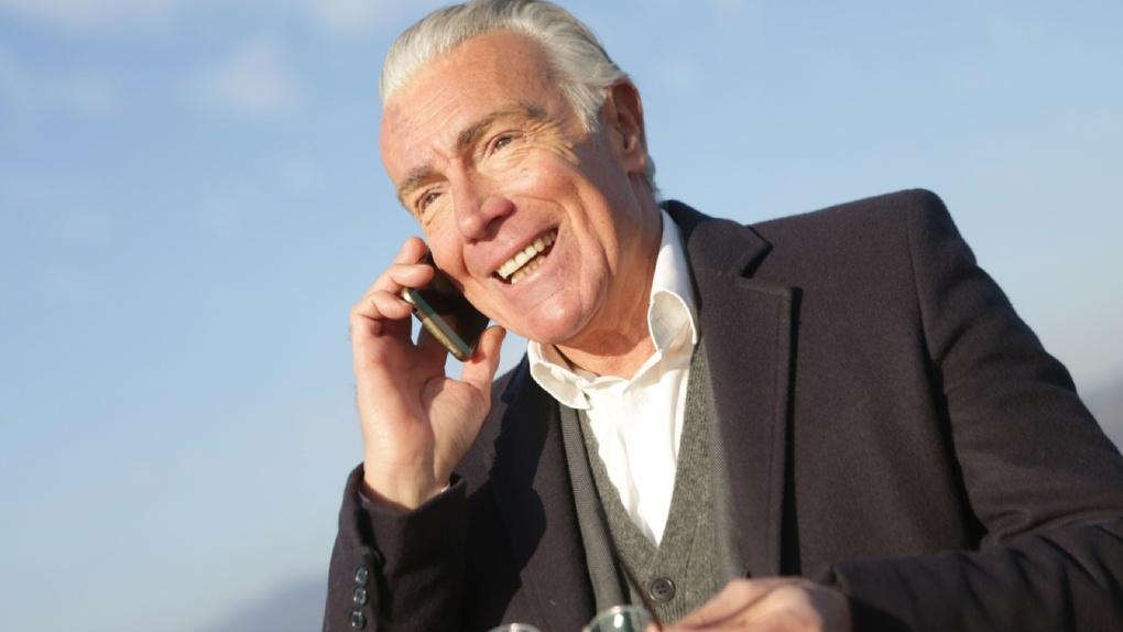 Билайн выяснил, как трансформировались мобильные привычки екатеринбуржцев старшего поколения