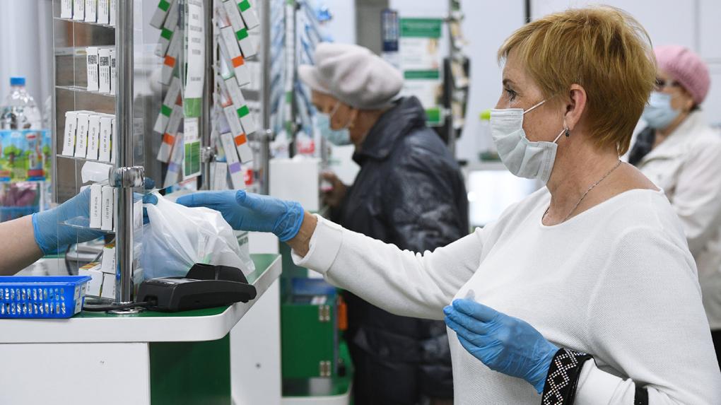 В России резко упало производство лекарств