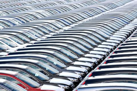 Урал по продажам автомобилей откатился на 5 место