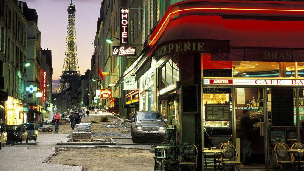 Как выглядел бы Париж, если бы его благоустраивали как Екатеринбург