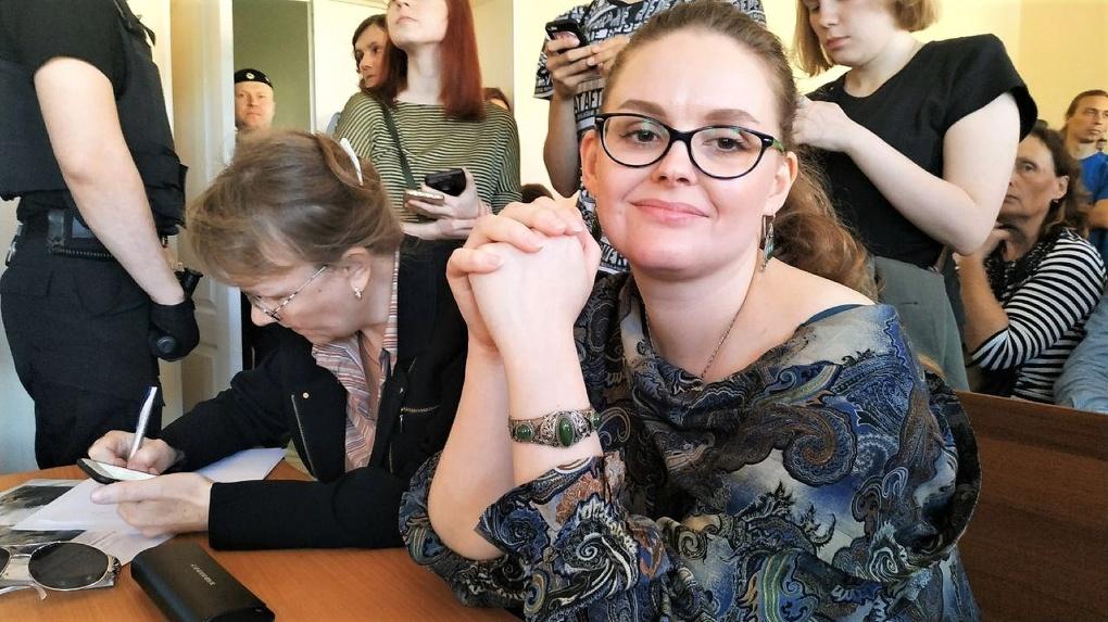 Суд оштрафовал Анну Балтину за организацию протестов против строительства храма в сквере
