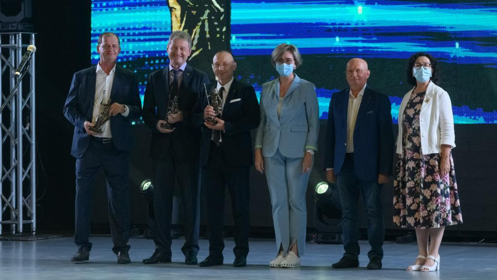 Андрея Козицына, Игоря Алтушкина и Андрея Симановского наградили премией «Медицинский Олимп»